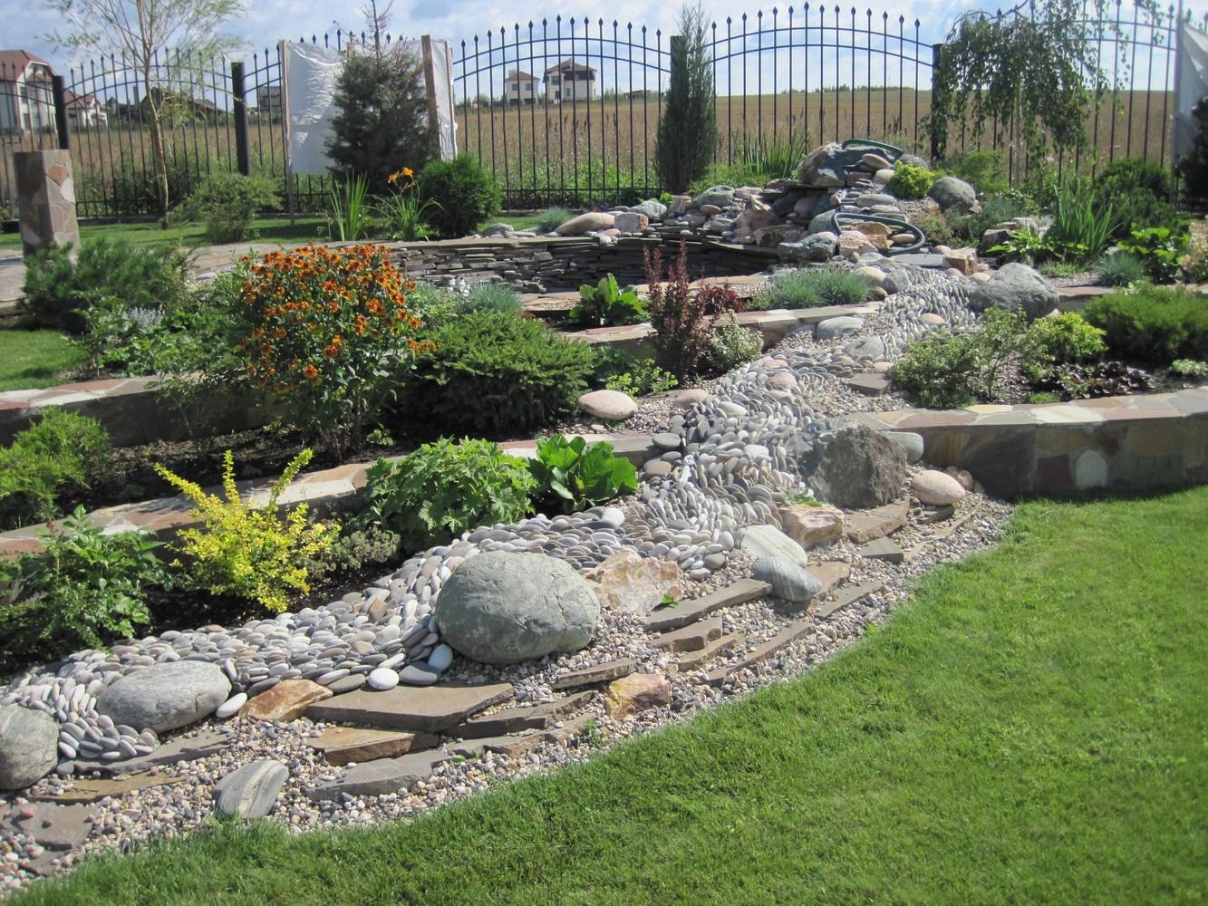 Ручей в саду своими руками фото 973