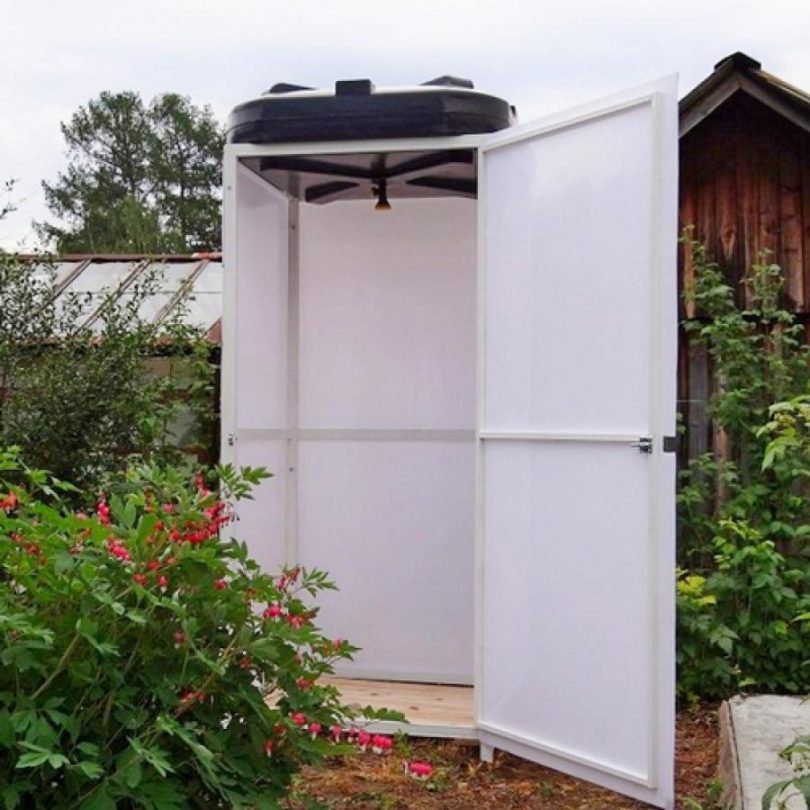 Покупной летний душ