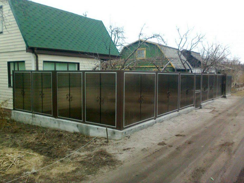 поликарбонат забор