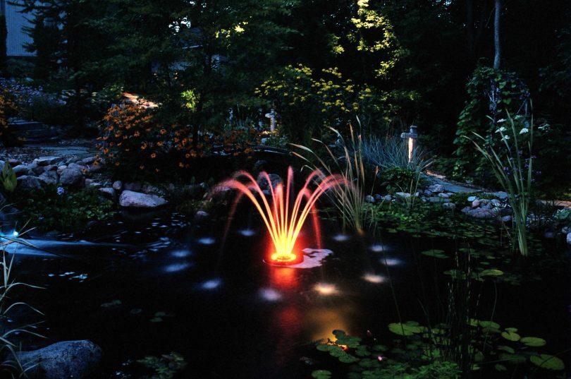 подсветка для фонтанов и прудов