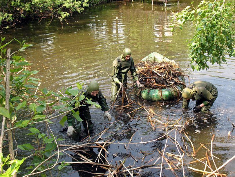 очистка водоемов прудов