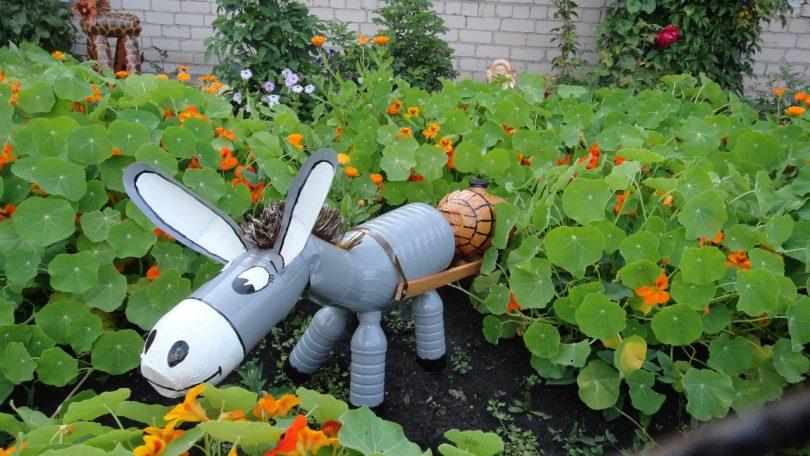 садовые фигурки из вторсырья