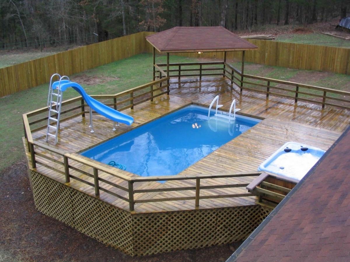 Деревянный каркасный бассейн