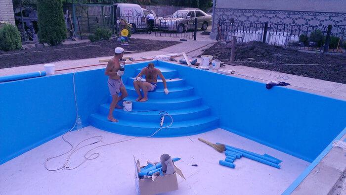 Монтаж ПВХ в бассейне