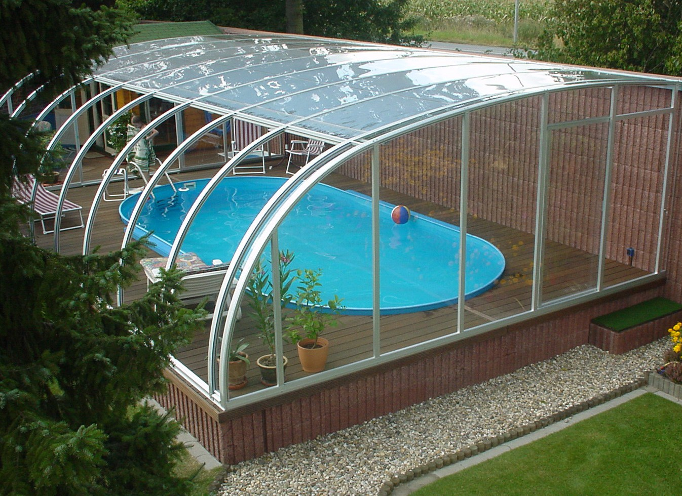 Домашний крытый бассейн