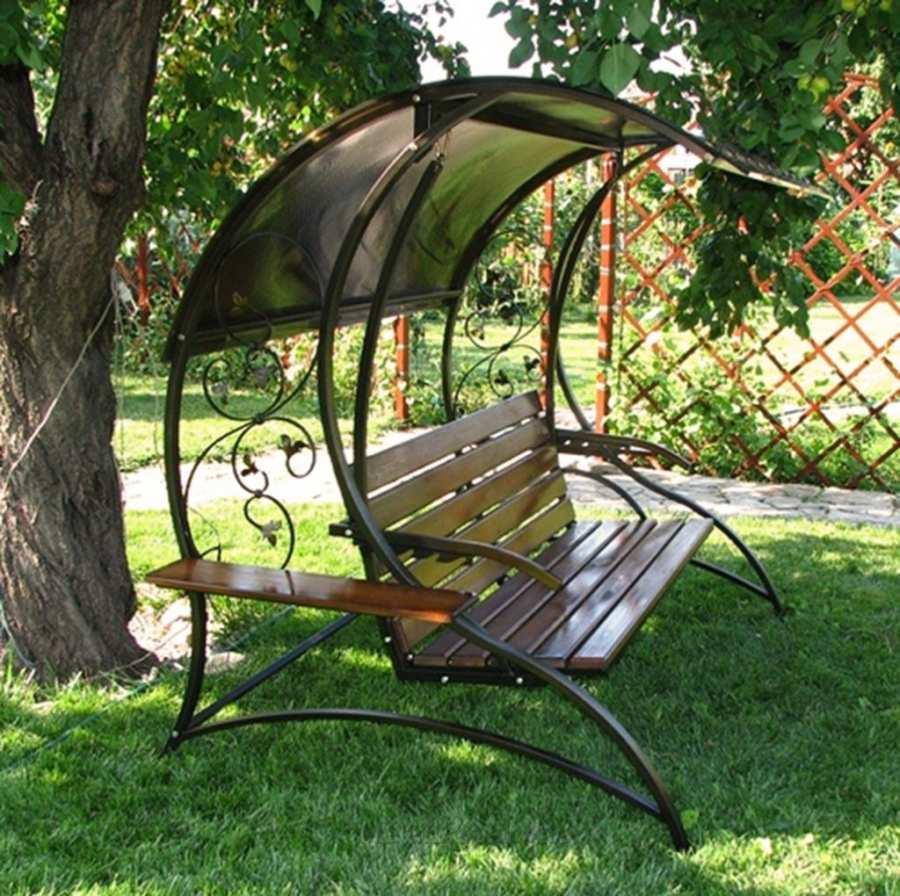 Подвесные диван-качели: полный релакс на веранде