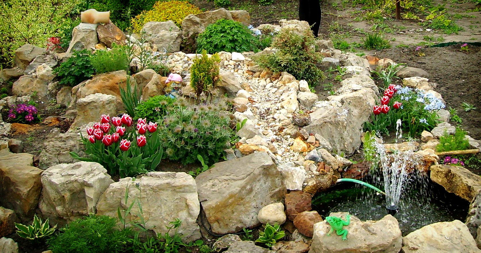 Фото как сделать альпийскую горку в саду своими руками