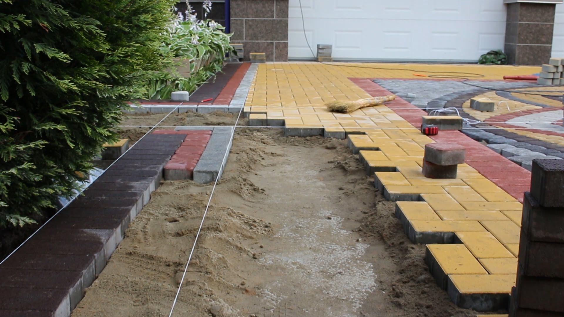 Технология укладки тротуарной плитки под автомобиль на даче